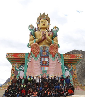 ladakh tour packages from Srinagar to Leh to Manali