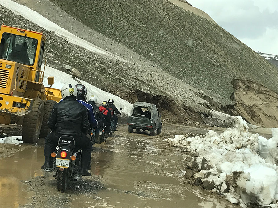 Delhi to Ladakh by Bike