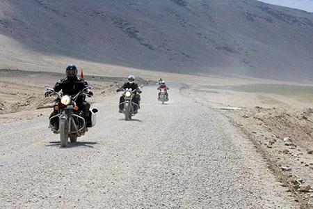 Manali to Ladakh Distance